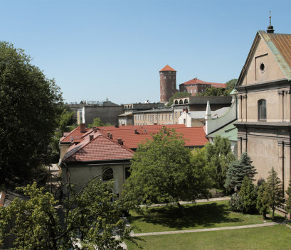 studio-view-from-the-balcony-monastery's-garden-and-wawel-castle-in-krakow